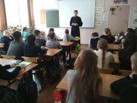 Встреча учащихся Савельевской средней школы с о. Кириллом
